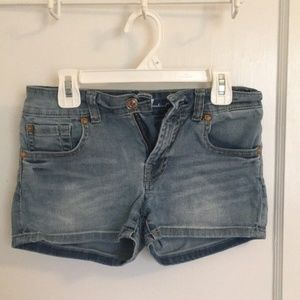 7 For All Mankind Shorts kids 14!